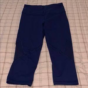 Victoria's Secret Sport Capri leggings